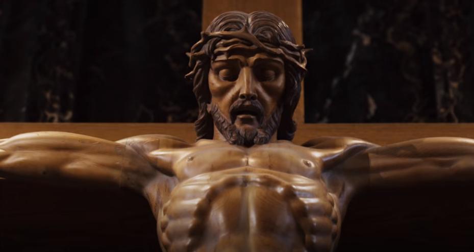Glorioso rey en la cruz. Vídeo de la semana.